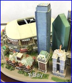 Dallas Cowboys Game Day Sculpture Danbury Mint Figurine Stadium Landmarks