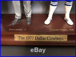 Danbury Mint 1977 Dallas Cowboys Super Bowl Champions Figurines on Board COA