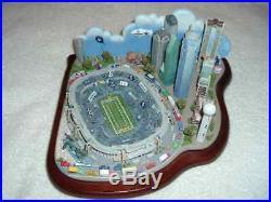 Danbury Mint NFL Dallas Cowboys Game Day At Texas Stadium Arena Figure Nib Rare