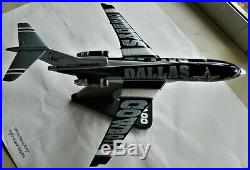 Danbury Mint NFL Dallas Cowboys Team Plane Boeing 727-100 Diecast Airplane