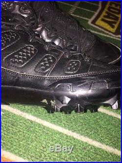 Dez Bryant Game Worn Game Used Jordan IX Cleats with Dallas Cowboys COA