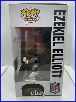 Funko Pop! Dallas Cowboys Ezekiel Elliott (#68) Signed